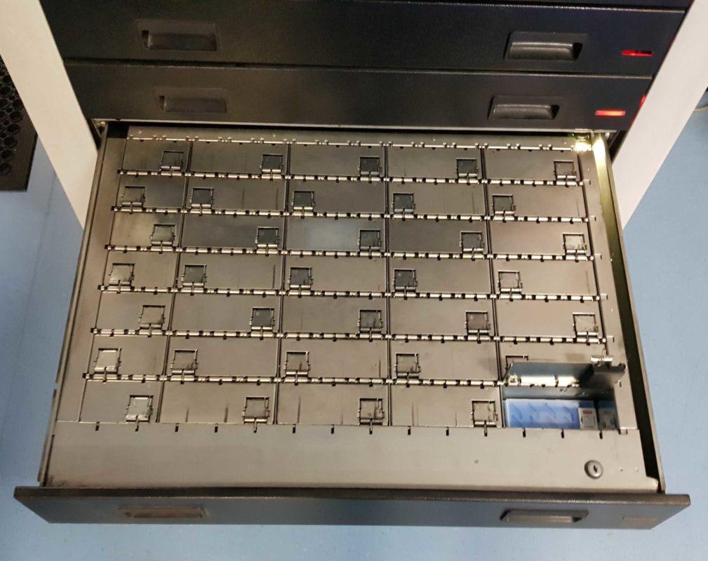 MATRIX Cabinet bins